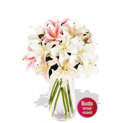 5 Oriental Lily Bouquet Vase Bouquet